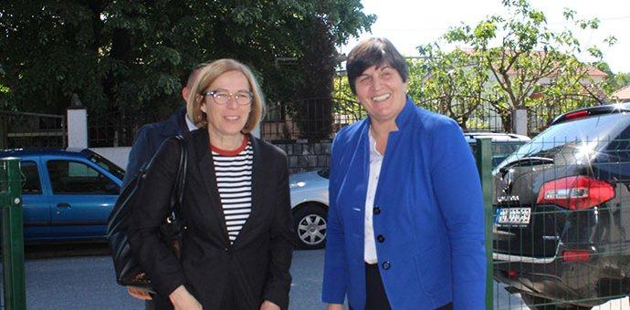 Ministarka Kovačević i Fiona Mekluni u posjeti opštini Danilovgrad