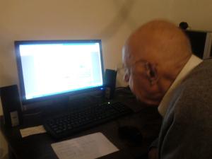 Starije generacije i nova tehnologija iliti kako sam djeda naučio koristiti internet!